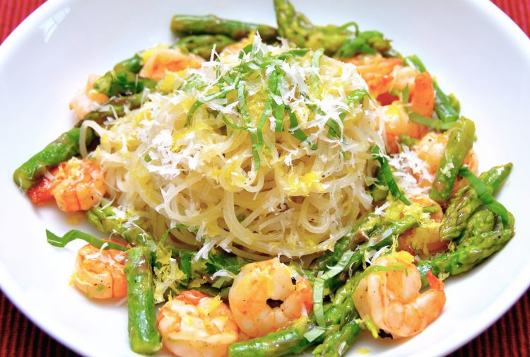Rice noodles with shrimp, asparagus, fresh basil, garlic, lemon, and a sprinkle of fresh Parmesan