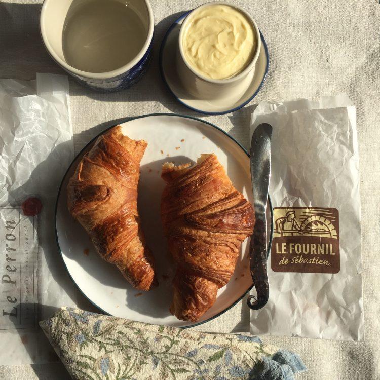 Le Fournil de Sébastien Bakery: Croissant et Baguette